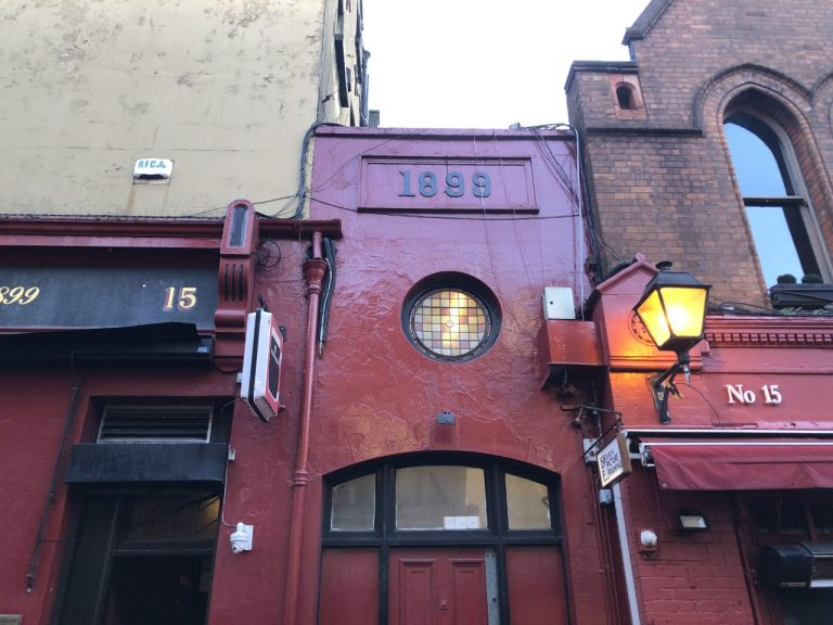 On of the Temple Bar's bar